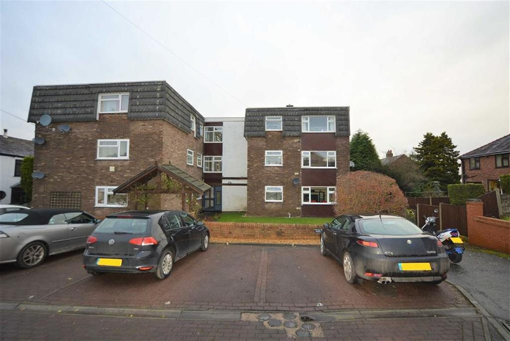 1 Bedroom Apartment Flat for sale in Grove Court, Lymm, Cheshire