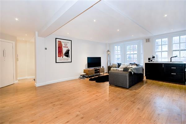 3 Bedrooms Flat for sale in PARK WEST, MARBLE ARCH, W2