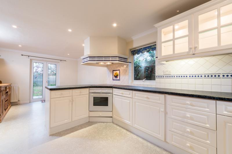 4 Bedrooms Detached House for sale in Whites Forge, Appleton, Abingdon