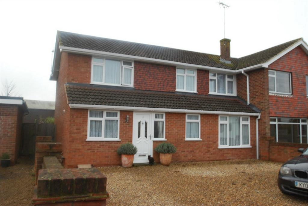 4 Bedrooms Semi Detached House for sale in Lenham