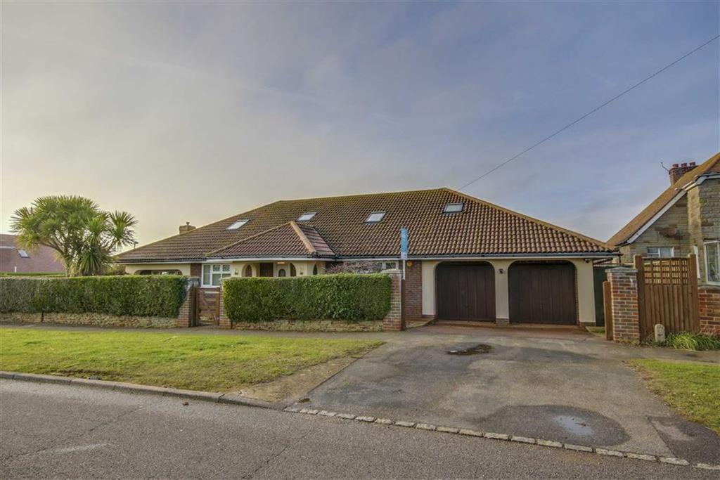 5 Bedrooms Chalet House for sale in Ambleside Avenue, Peacehaven
