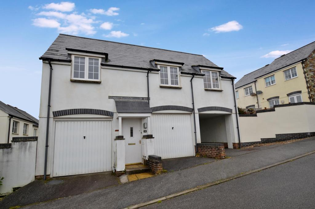 2 Bedrooms Apartment Flat for sale in Helman Tor View, Bodmin