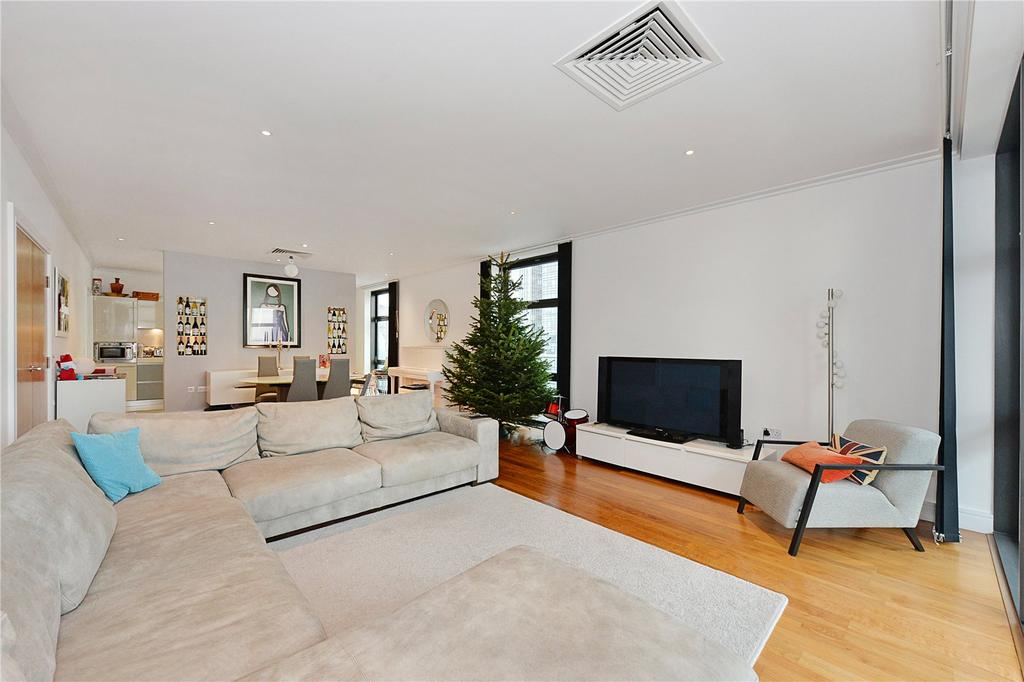 3 Bedrooms Flat for sale in Discovery Dock West, 2 South Quay Square, London