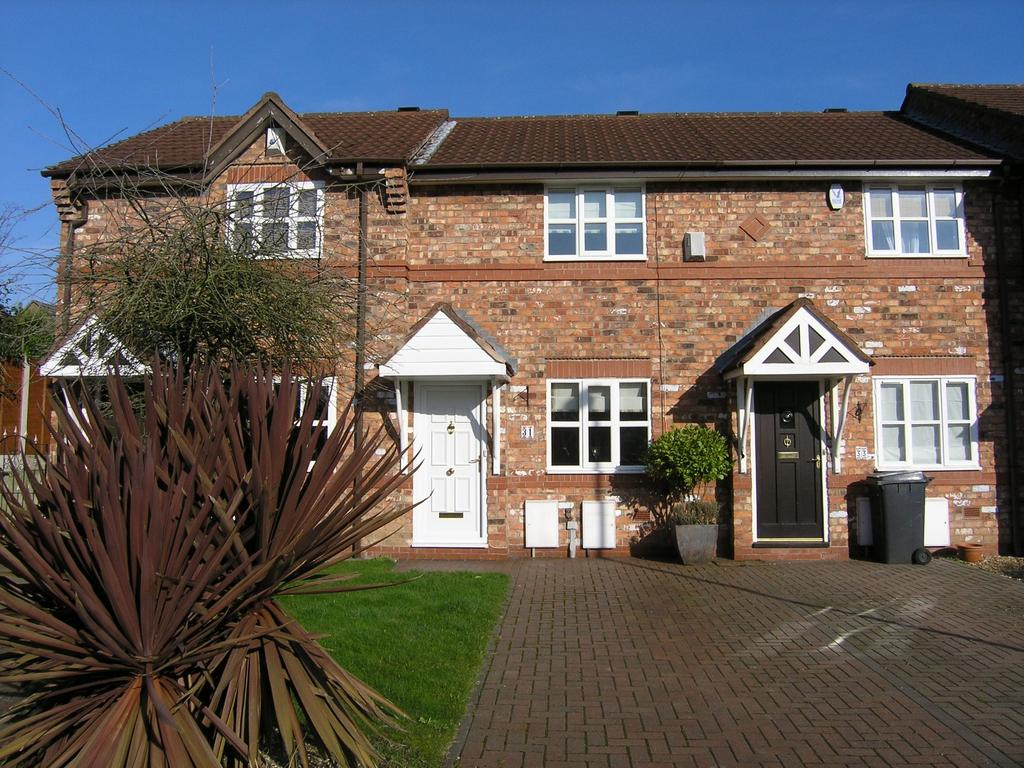 2 Bedrooms Mews House for sale in Lowfield Gardens, Glazebury, Warrington