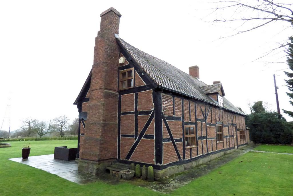 3 Bedrooms House for sale in Drointon, Staffordshire
