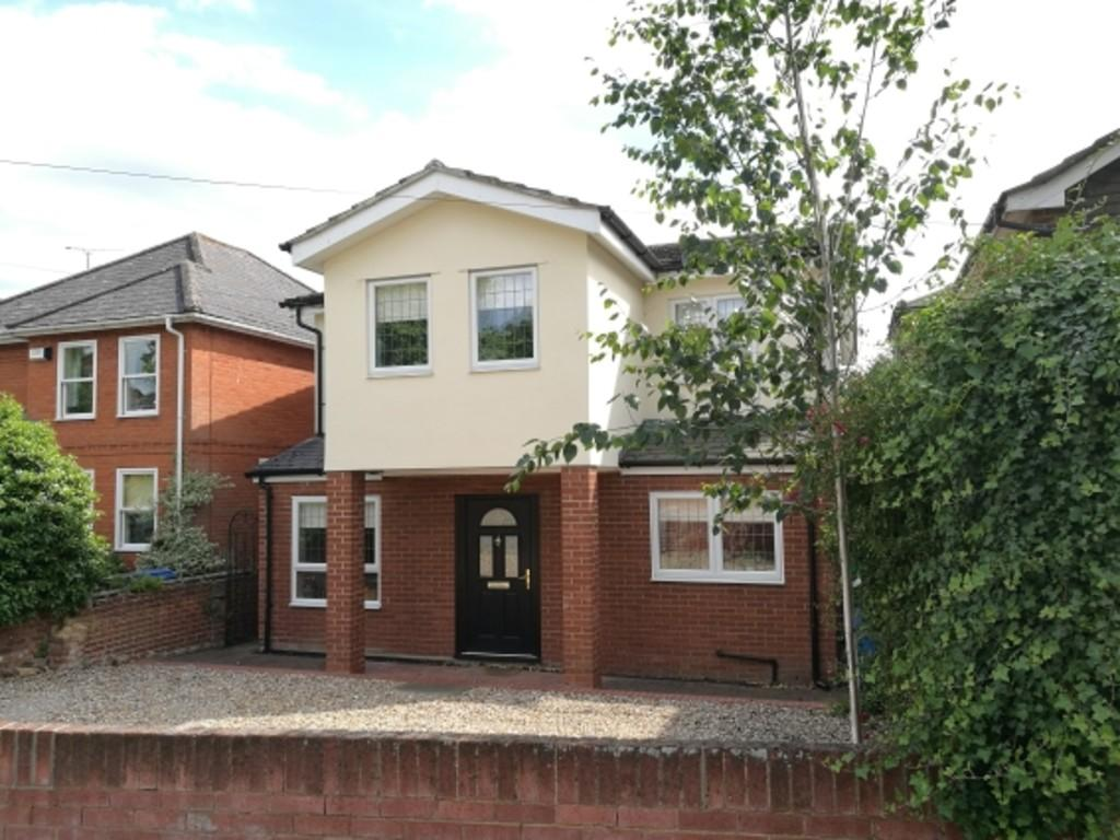 4 Bedrooms Detached House for sale in 25 Ivry Street Ipswich