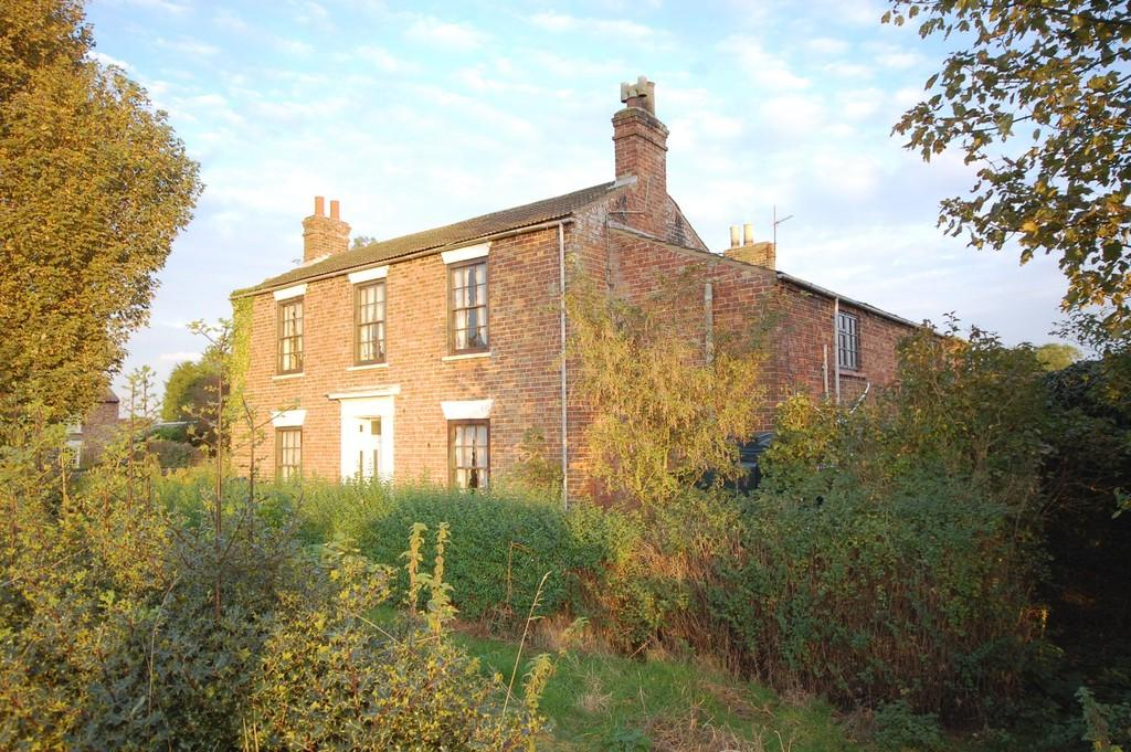 5 Bedrooms Farm House Character Property for sale in Main Road, Conisholme