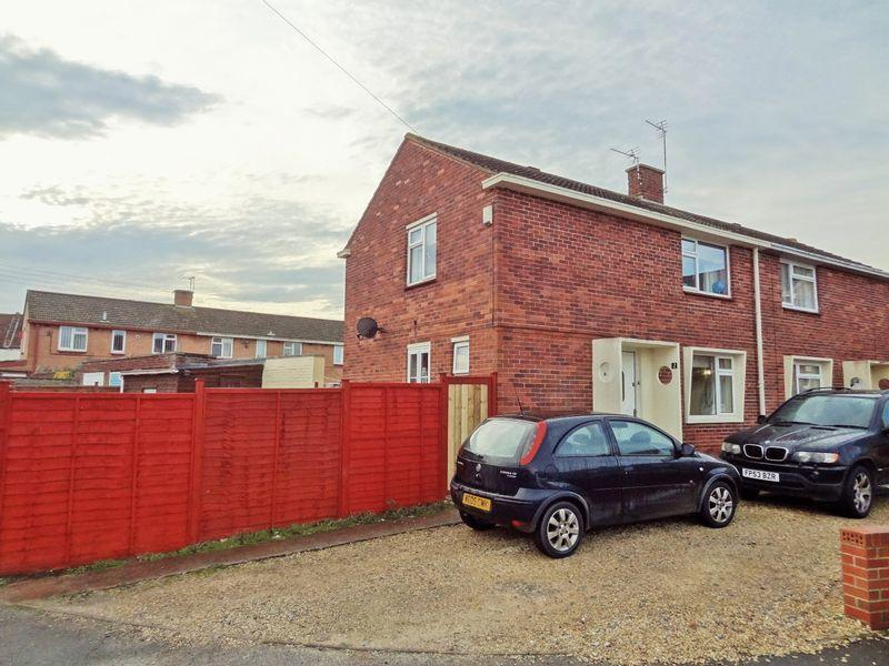 3 Bedrooms Semi Detached House for sale in Saltlands, Bridgwater. House and Building Plot.