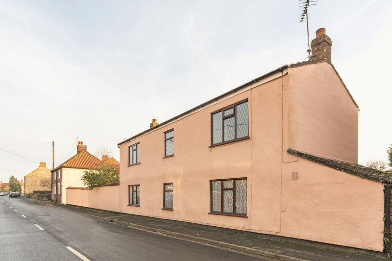 4 Bedrooms Detached House for sale in Park Street, Winterton