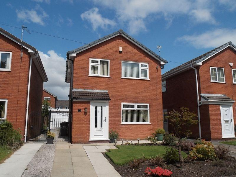 3 Bedrooms Detached House for sale in Quakerfields, Westhoughton, Bolton