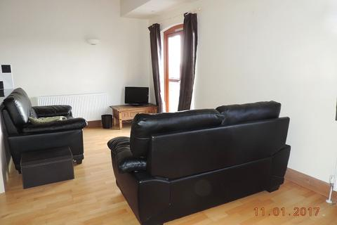 2 bedroom flat to rent - 23 Agamemnon House, Nelson Quay, Milford Haven SA73 3AY