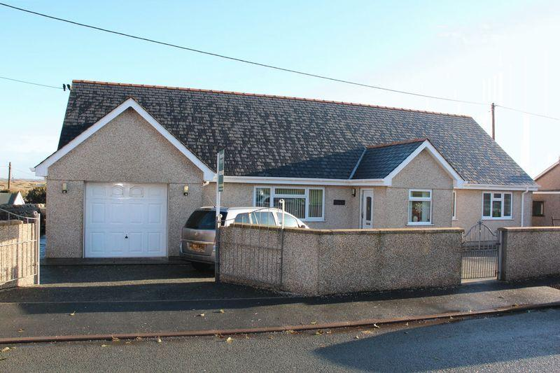 4 Bedrooms Detached House for sale in Llewelyn Street, Aberffraw