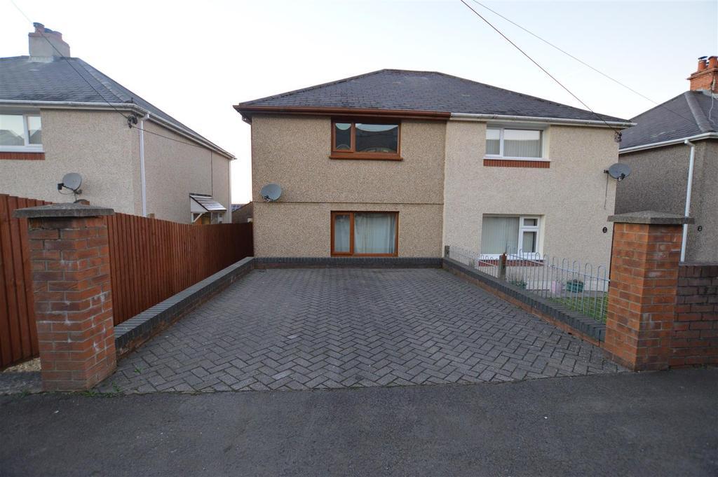 2 Bedrooms Semi Detached House for sale in Lower Brynamman