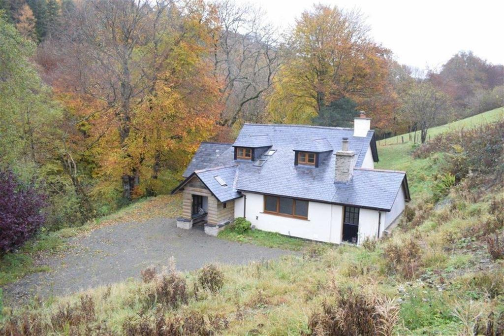 2 Bedrooms Farm House Character Property for sale in Wenallt Fach, Talywern, Machynlleth, Powys, SY20