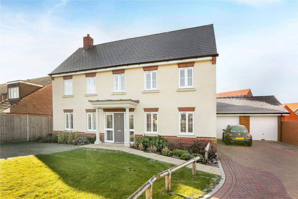 5 Bedrooms Detached House for sale in Tabby Drive, Three Mile Cross, Reading, RG7