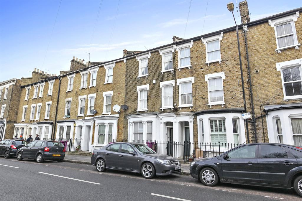 2 Bedrooms Flat for sale in Bow Common Lane, Bow, London, E3