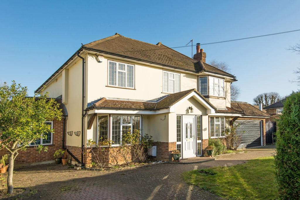 5 Bedrooms House for sale in Grove Way, Esher
