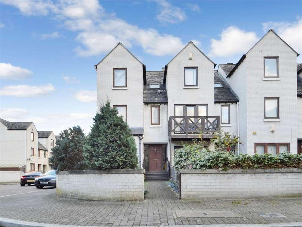4 Bedrooms House for sale in Rainbow Ave,Isle of Dogs,London