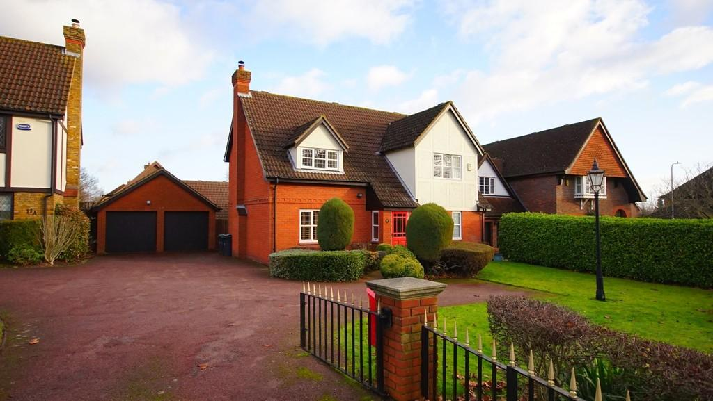 4 Bedrooms Detached House for sale in Tonbridge