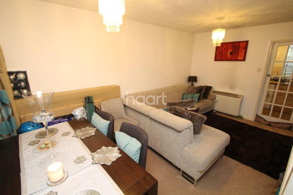 2 Bedrooms Terraced House for sale in Goldfinch Way, Borehamwood