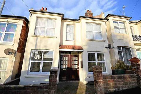 3 bedroom apartment to rent - Shanklin Road, Brighton