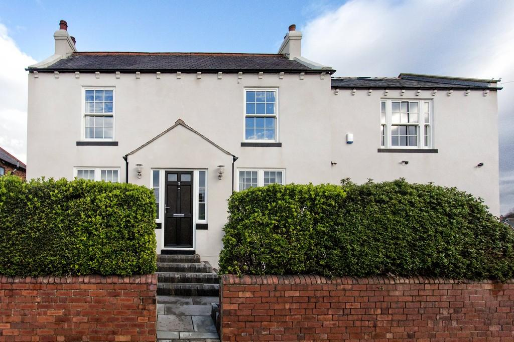 4 Bedrooms Detached House for sale in Blacker Lane, Great Cliff