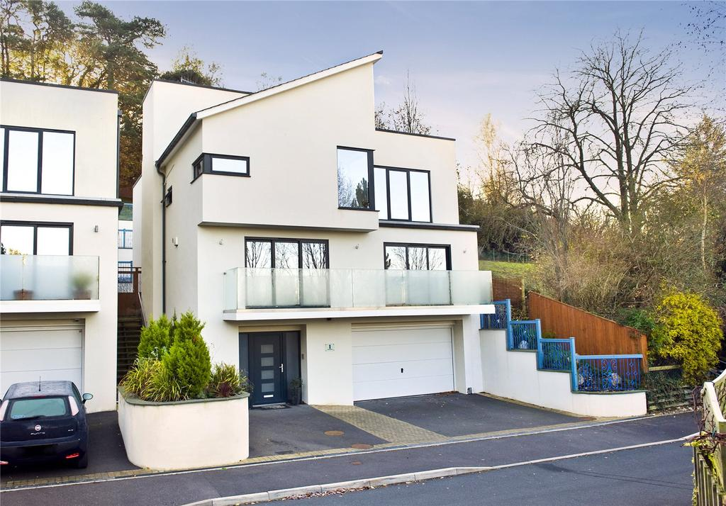 5 Bedrooms Detached House for sale in Beaumont, High Croft, Exeter, EX4
