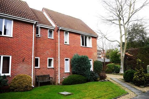Studio to rent - Highfield, Southampton