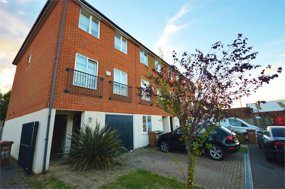 4 Bedrooms End Of Terrace House for sale in Edson Close, Garston, Hertfordshire, WD25