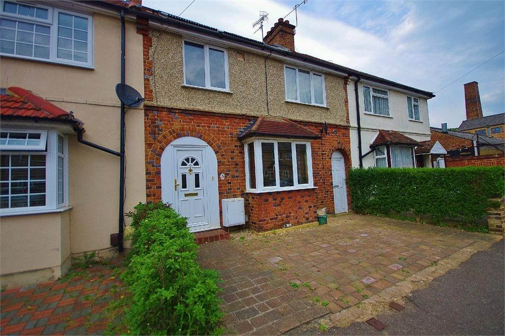 5 Bedrooms Terraced House for sale in Sydney Road, Watford, Hertfordshire, WD18