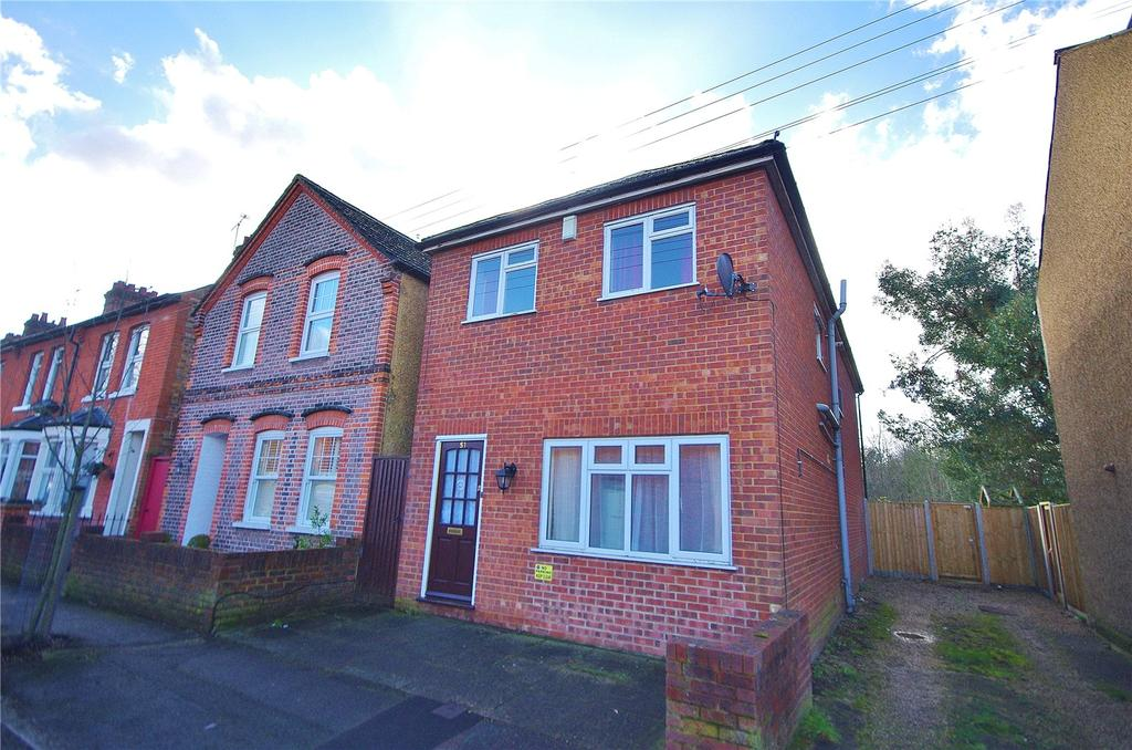 3 Bedrooms Detached House for sale in Sussex Road, Watford, Hertfordshire, WD24