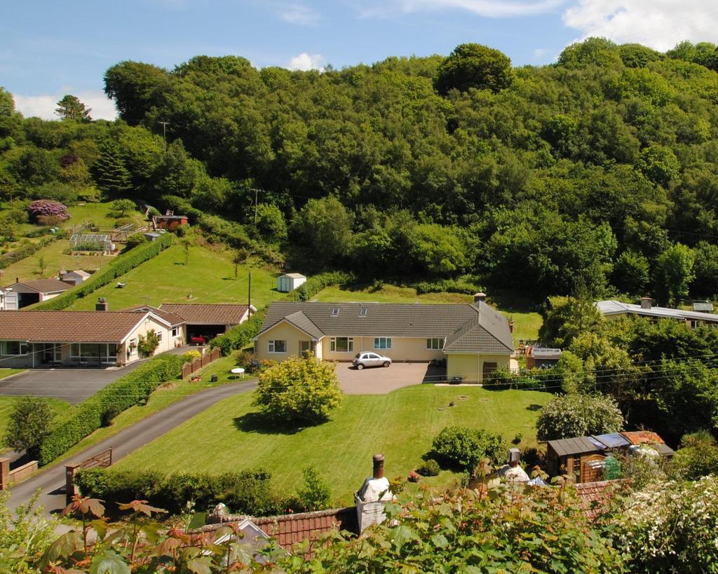 8 Bedrooms Bungalow for sale in Sterridge Valley, Berrynarbor