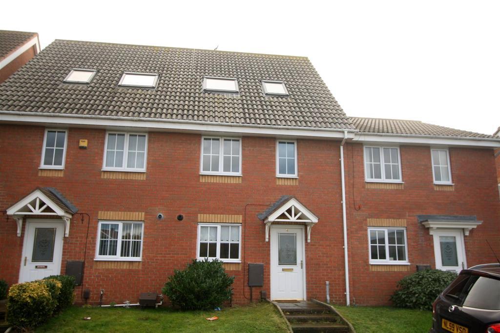 3 Bedrooms Town House for sale in Ingleby Moor Crescent, Darlington