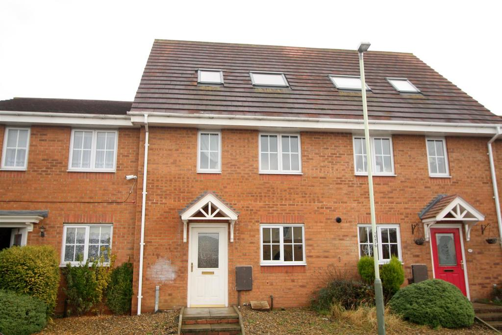 3 Bedrooms Town House for sale in Moorfield Close, Darlington