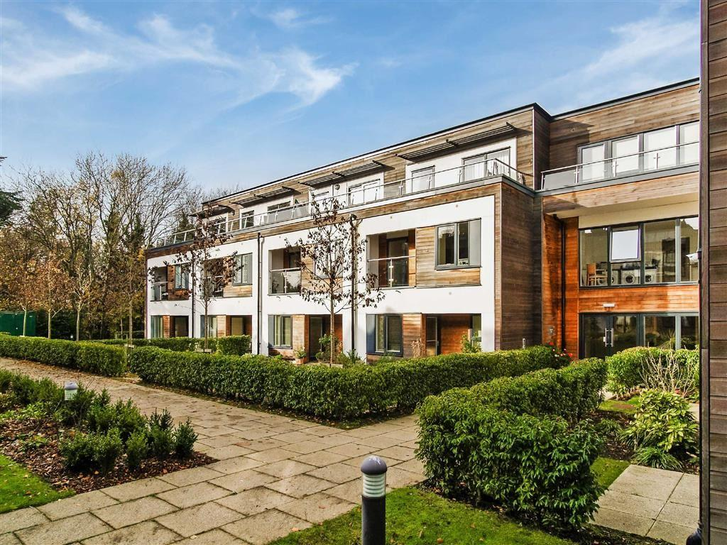 1 Bedroom Retirement Property for sale in Weycombe House, Haslemere, Surrey, GU27