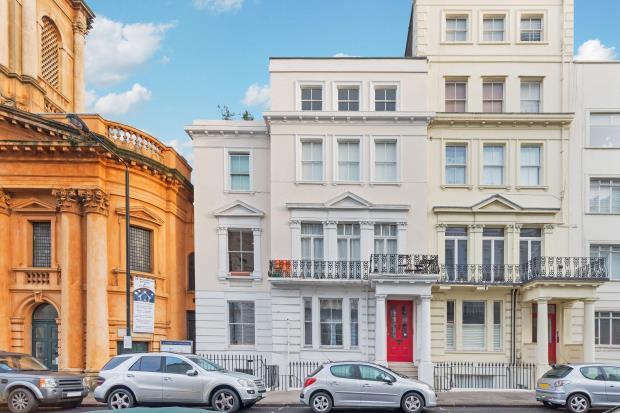 1 Bedroom Flat for sale in Kensington Park Road, Notting Hill, London, W11