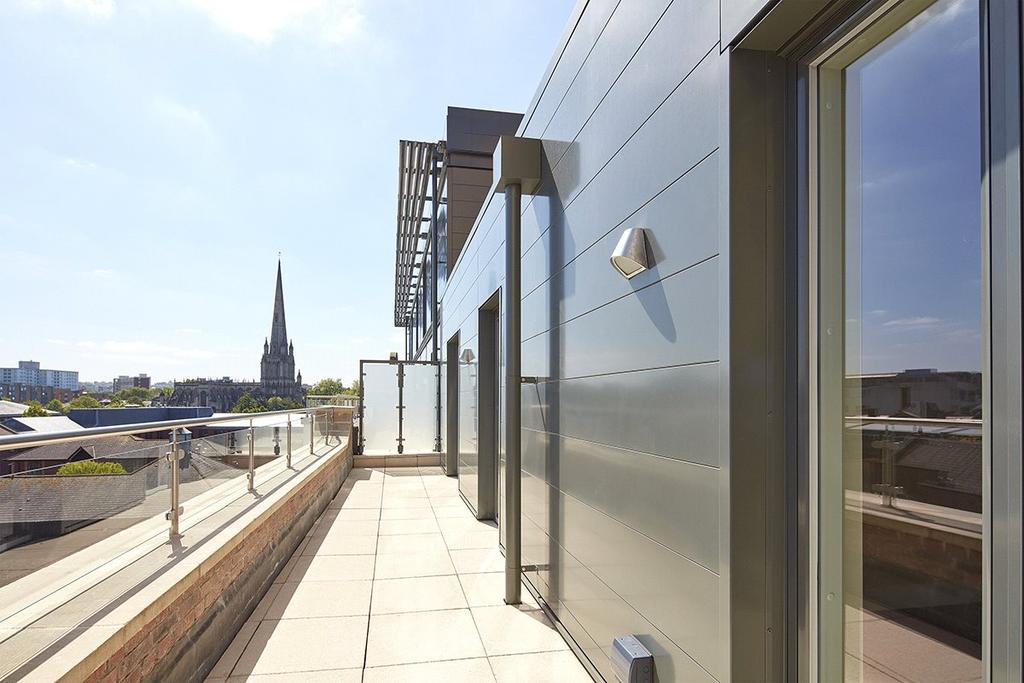 2 Bedrooms Penthouse Flat for sale in Apartment 48, Huller Cheese, Redcliff Backs, Bristol, BS1