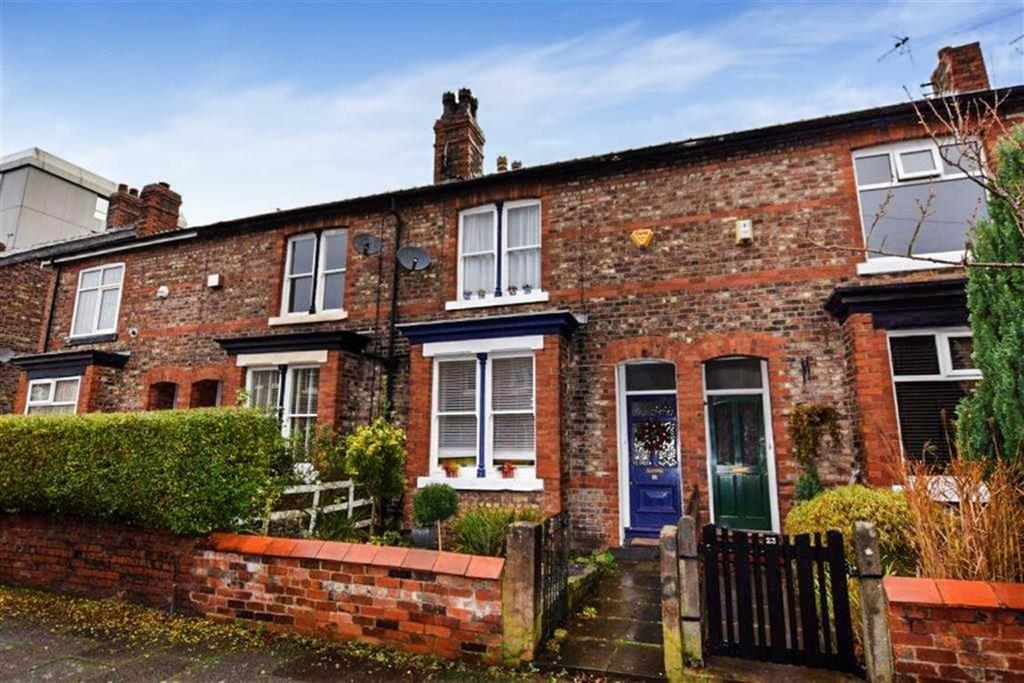 3 Bedrooms Terraced House for sale in Harcourt Road, Altrincham, Cheshire, WA14