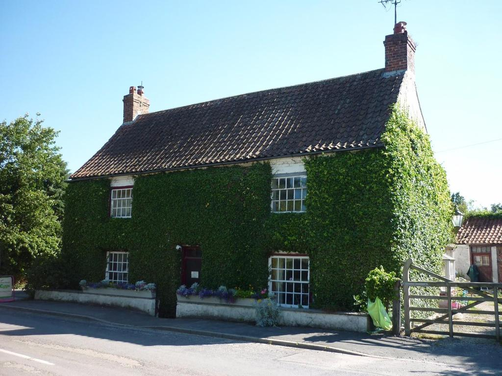 4 Bedrooms House for sale in Hunmanby Road, Burton Fleming, Driffield