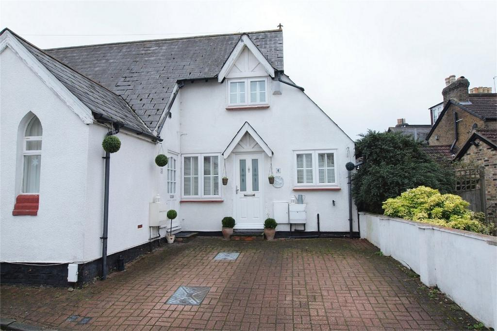 2 Bedrooms Ground Maisonette Flat for sale in 5 North Road, West Wickham, Kent