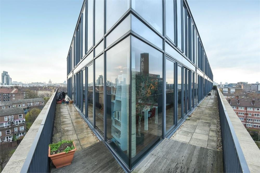 2 Bedrooms Flat for sale in The Jam Factory, 27 Green Walk, London Bridge, SE1