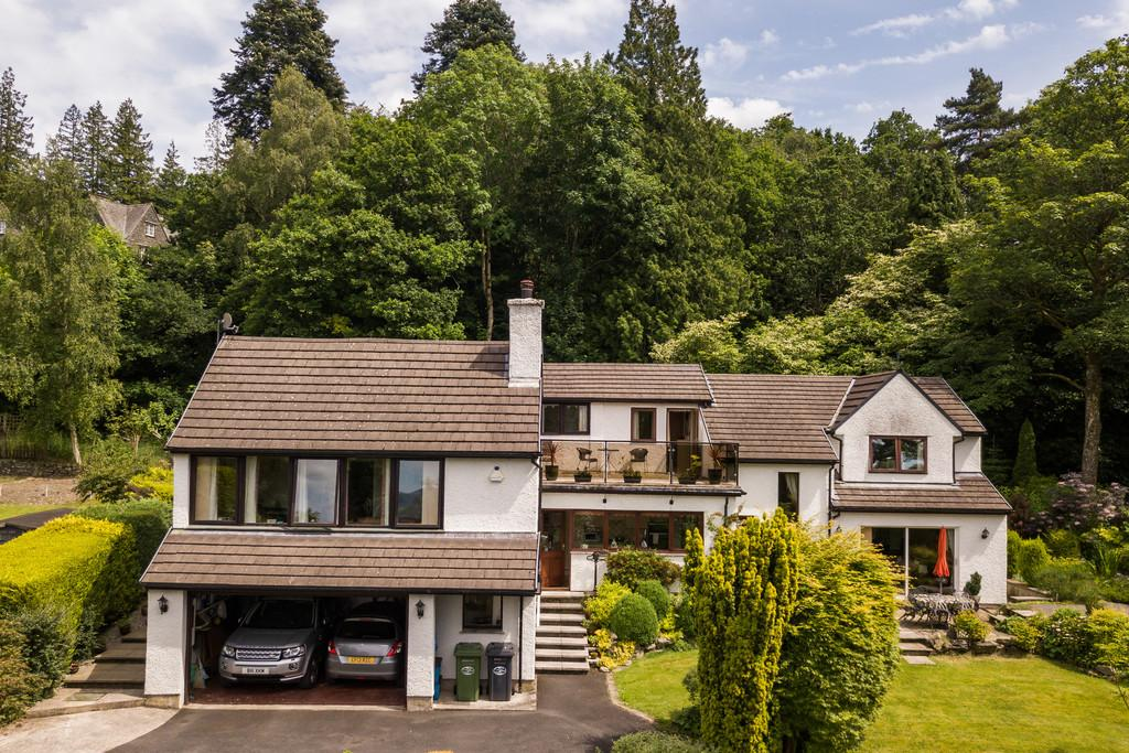 4 Bedrooms Detached House for sale in Wrens Nest, 1 Keldwyth Park, Windermere, Cumbria, LA23 1HG