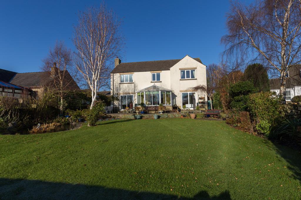 5 Bedrooms Detached House for sale in 7 Beckside Mews, Borwick, Carnforth, Lancashire, LA6 1GZ