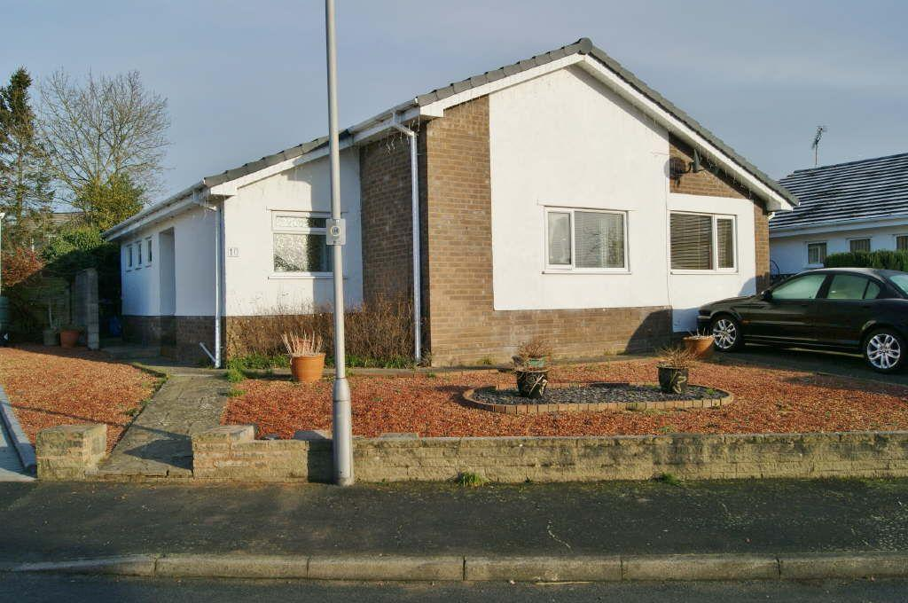 3 Bedrooms Detached Bungalow for sale in Pine Grove, Llay, Wrexham
