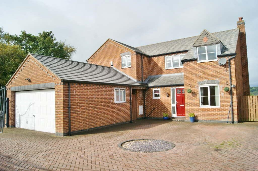 4 Bedrooms Detached House for sale in Mount Zion, Brymbo