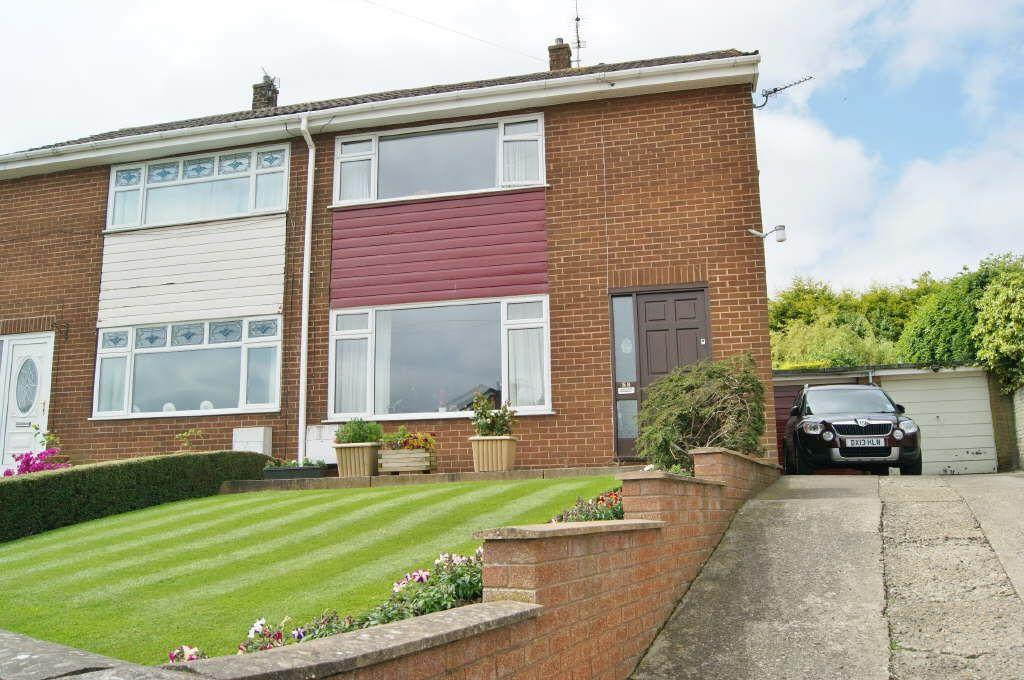 3 Bedrooms Semi Detached House for sale in Bryn Drive, Coedpoeth