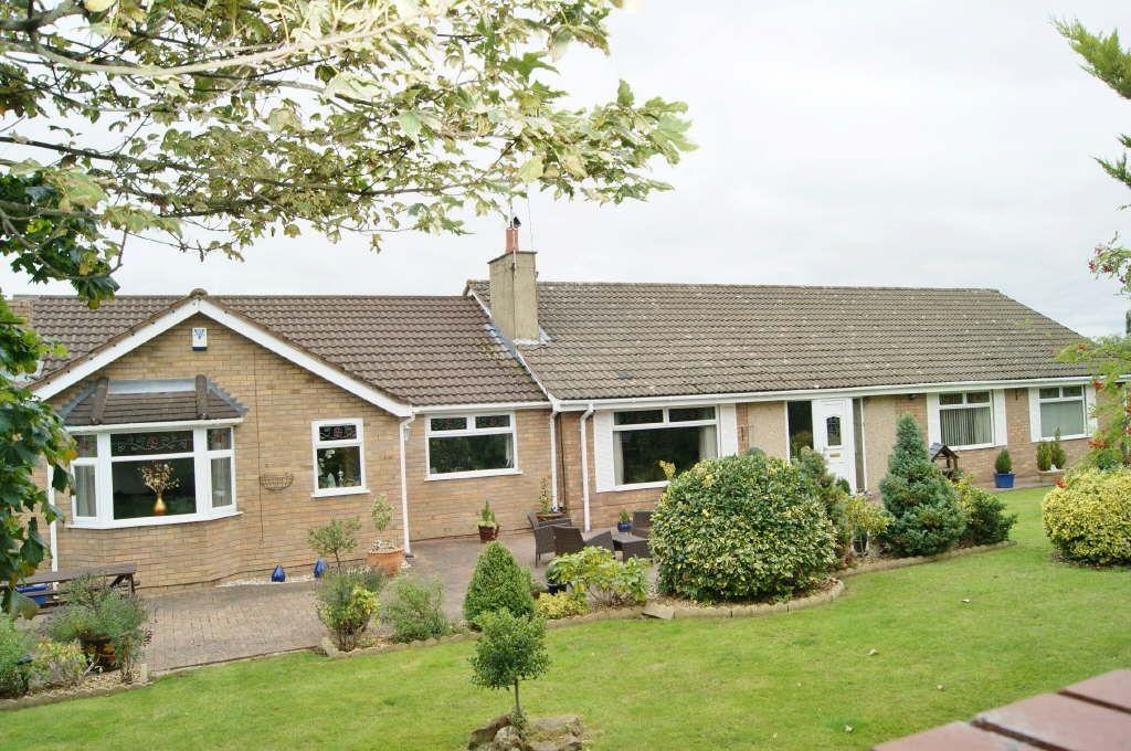 5 Bedrooms Detached Bungalow for sale in Bottom Road, Summerhill, Wrexham