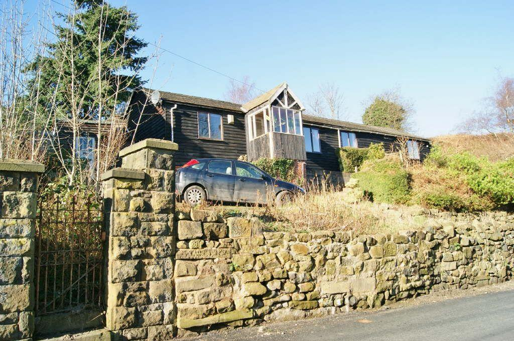 3 Bedrooms Detached Bungalow for sale in Westminster Road, Moss, Wrexham