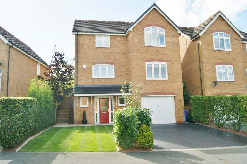 5 Bedrooms Detached House for sale in Ruabon, Wrexham