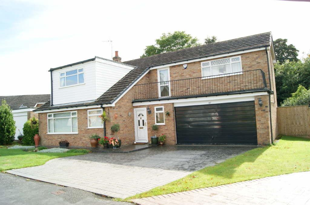 4 Bedrooms Detached House for sale in Coed Y Glyn, Wrexham